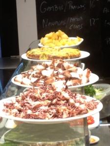 boqueria-food-stall-platters