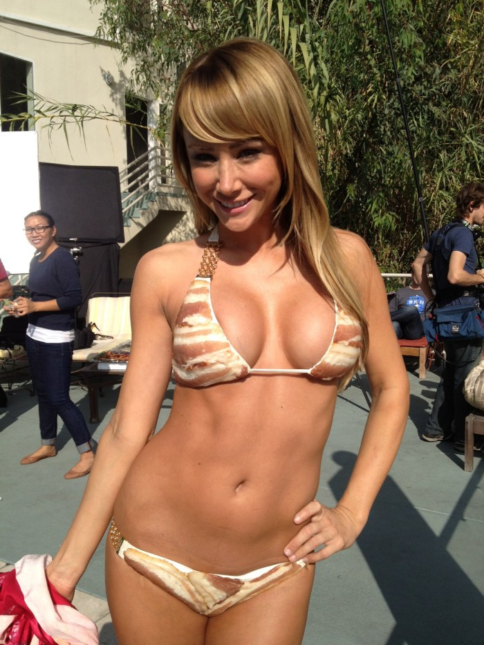 sara underwood bacon bikini